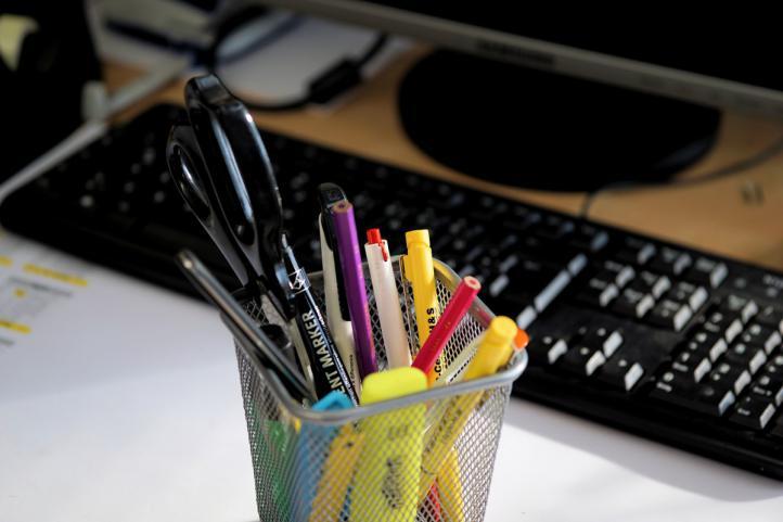 ¿Ahorrar en gastos de papelería de la oficina? 8 trucos para conseguirlo