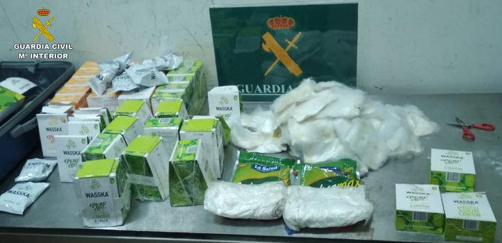 Cerca de 24 kilos de droga han sido interceptados en el aeropuerto Madrid-Barajas Adolfo Suárez.