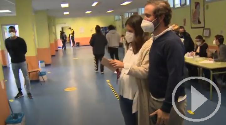 Esta ha sido la apertura de un colegio electoral en Madrid