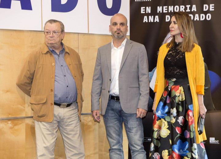 Familiares de Diosdado en la inauguración de su plaza