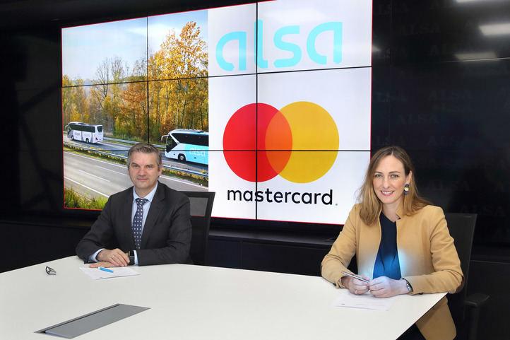 Mastercard y Alsa pactan con el fin de digitalizar los medios de pago en el transporte público