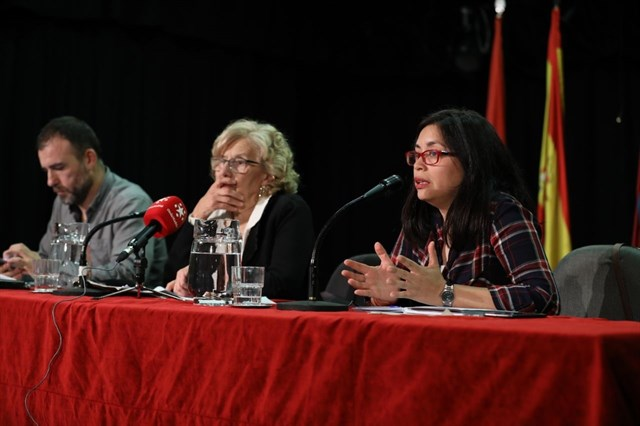 Nacho Murgui, Manuela Carmena y Rommy Arce.