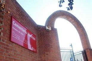 El PP denuncia un robo masivo en el cementerio de 'Sanse'