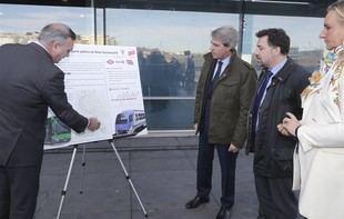 Ángel Garrido visita Rivas-Vaciamadrid con motivo de la reorganización de su servicio de transportes.