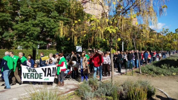 Alameda de Osuna pide el fin del bloqueo de su Vía verde de la Gasolina
