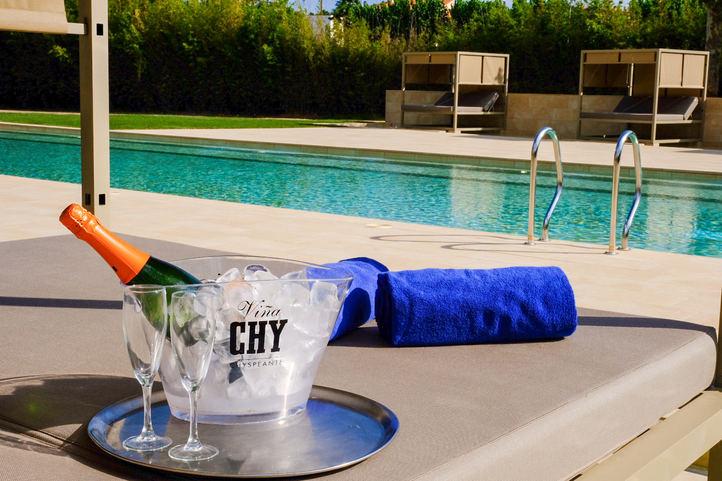 Vichy Catalan estrena piscina de agua climatizada en su Hotel Balneario