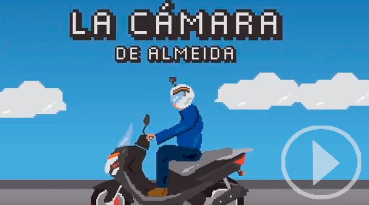Almeida denuncia en moto los baches de Madrid