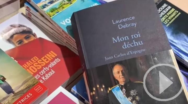 Juan Carlos I rompe su silencio en un libro que se publica en Francia