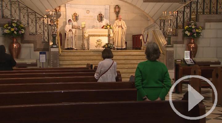 Los fieles regresan a las misas en Madrid