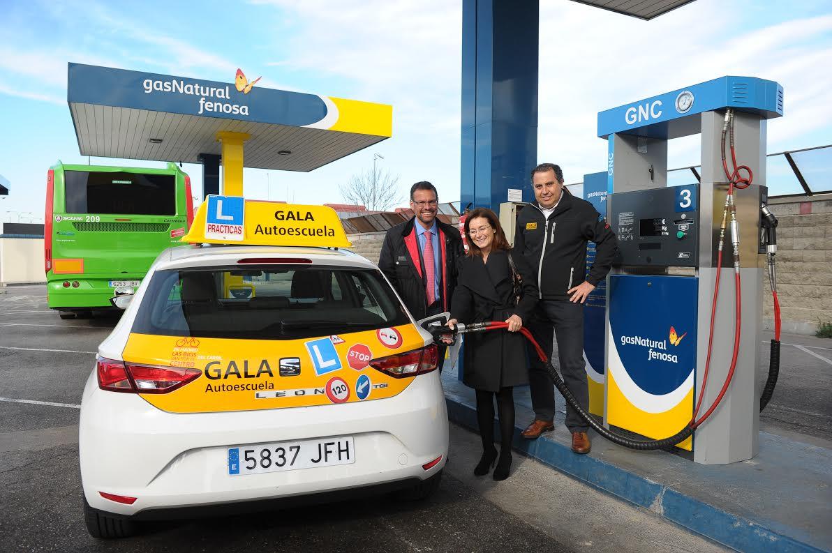 Aprendiendo a conducir con gas natural madridiario for Imagenes de gas natural