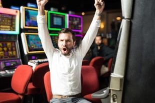 ¿Qué hacer cuando ganas tu primer gran premio en las tragaperras?