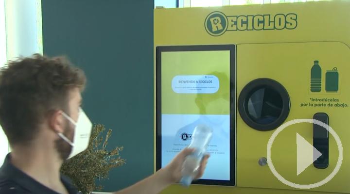 Recompensa por reciclar, las nuevas máquinas de Ecoembes