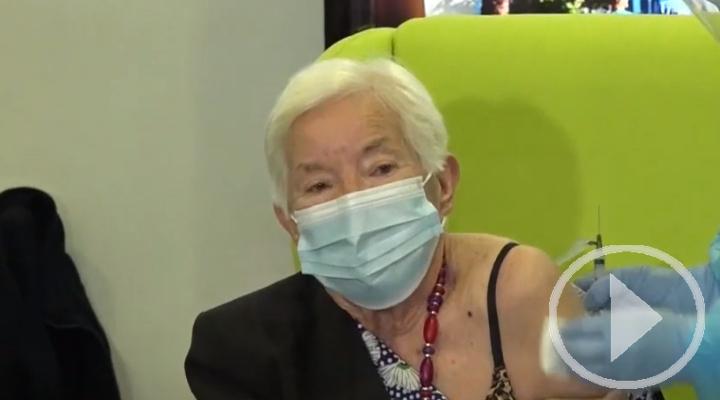 Los mayores en residencias podrán recibir ya la tercera dosis contra la covid