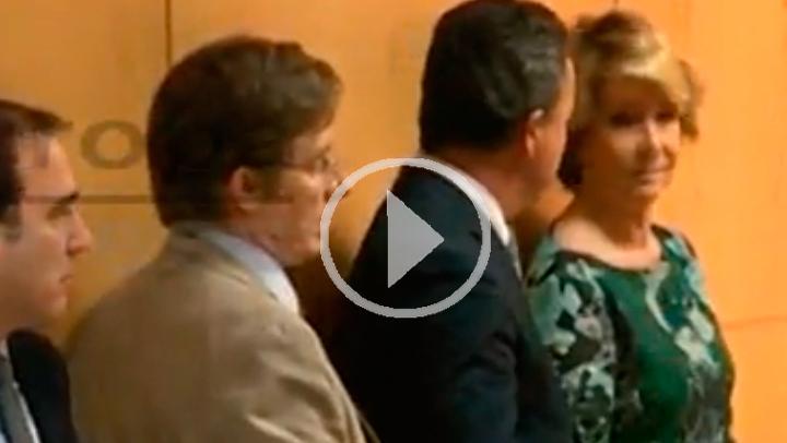 PP irrumpe en la rueda de prensa de Carmena y Causapié