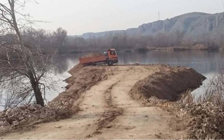 Polémica por unas obras en el humedal del Soto de las Juntas, en el Parque del Sureste