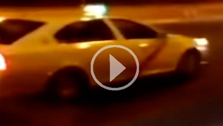 Angustiosas imágenes de un conductor por intentar parar a un taxista kamikaze