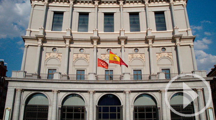 Éxito de público en la jornada de puertas abiertas del Teatro Real