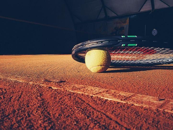 Rafa Nadal defiende número uno en Roland Garros