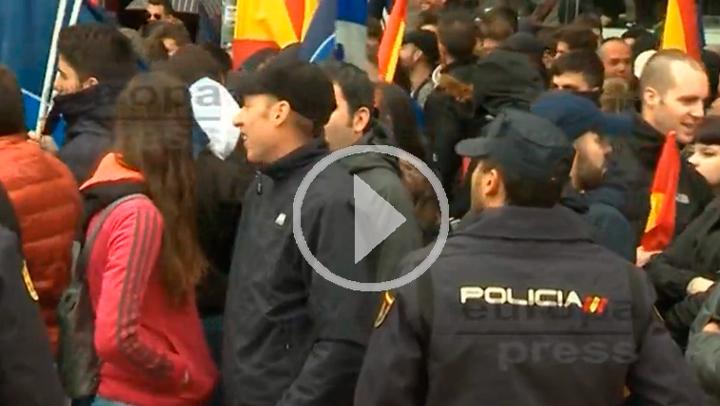 Tetuán dividido entre la extrema derecha y la izquierda en una protesta contra bandas latinas