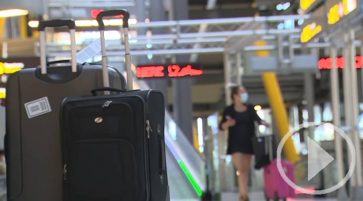 La llegada de turistas internacionales a España se desploma un 75% en julio