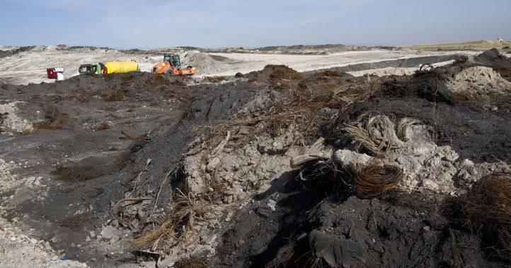 La Comunidad terminará los trabajos de limpieza en el vertedero de neumáticos de Seseña antes de que finalice 2016