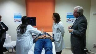 Jesús Sánchez Martos en el Centro de Salud Federica Montseny