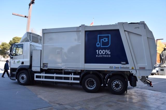 Camión eléctrico de recogida de residuos.