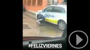 Detenido el joven que se grabó rajando las ruedas de un coche patrulla