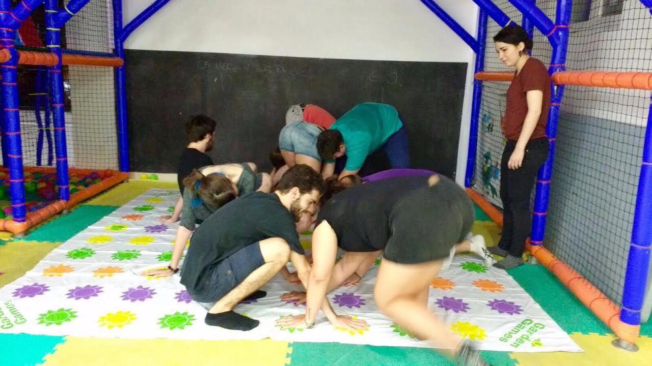 Piscinas de bolas para adultos para jugar como ni os madridiario - Piscina los periquitos ...