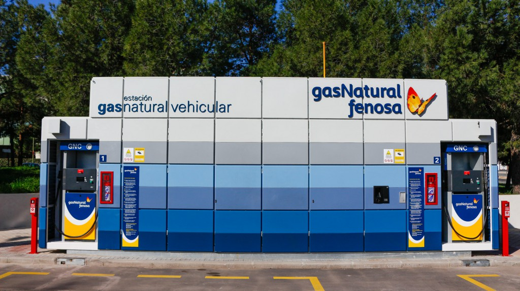San blas inaugura su segunda estaci n de recarga de gas for Oficinas gas natural fenosa madrid