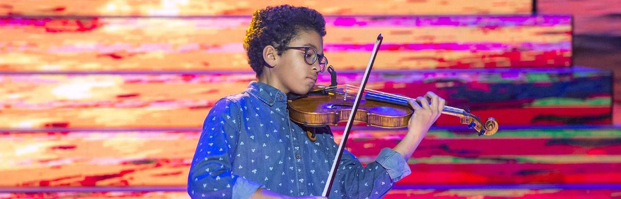 Uno de los niños concursantes de 'Prodigios' en la categoría de 'Instrumental'. (Foto cedida por RTVE)