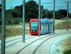 Un tren del metro ligero a boadilla sufre un accidente sin for Metro ligero colonia jardin
