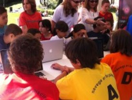 Tres piscinas públicas de Moncloa ofrecen biblioteca y conexión a Internet
