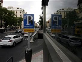 El Ayuntamiento venderá sus 113.000 plazas de aparcamiento para residentes